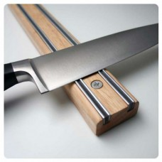 Bisbell Wood 300m Magnetic Knife Holder